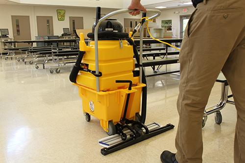 Cleaning School Cafeterias to Avoid Lingering Odors