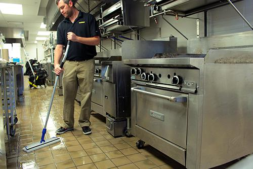 Restaurant Kitchen Best Practices fast food restaurant cleaning: how to be quick and effective