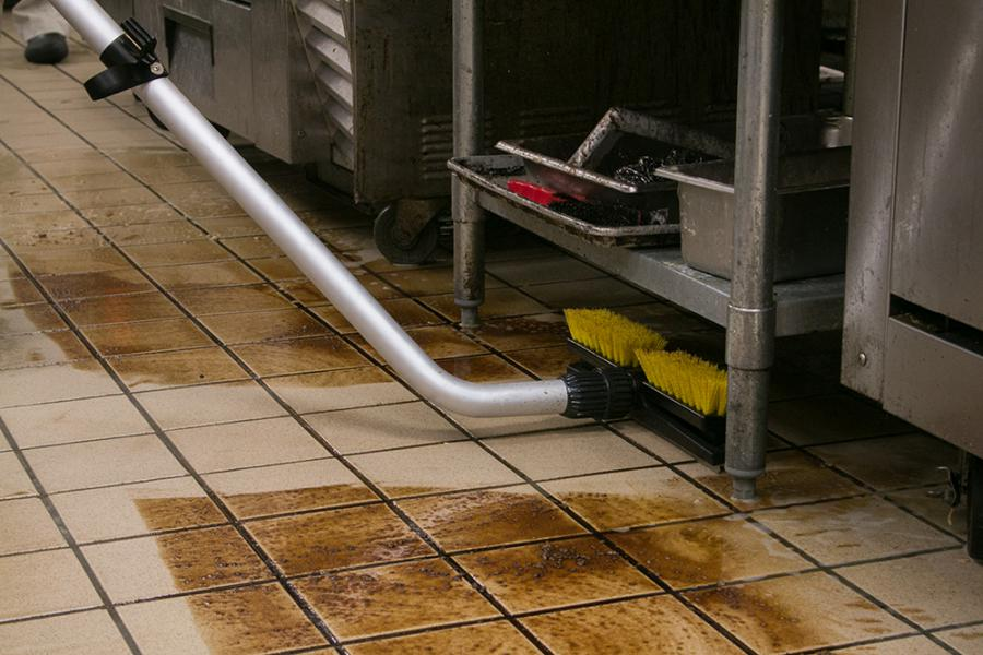 Top Tips For Cleaning A Commercial Kitchen Floor